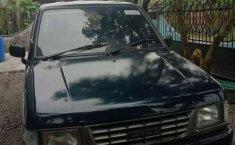 Mobil Isuzu Panther 1997 dijual, Sumatra Utara
