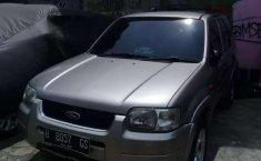 Banten, Ford Escape 2004 kondisi terawat