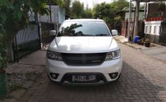 Mobil Dodge Journey 2012 SXT terbaik di Jawa Barat