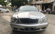 Mobil Mercedes-Benz S-Class 2001 S 280 terbaik di DKI Jakarta