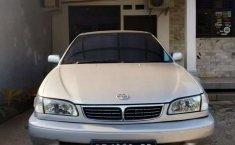 Mobil Toyota Corolla 2001 terbaik di Lampung