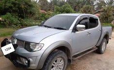 Jual Mitsubishi Triton 2014 harga murah di Riau