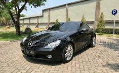 Jual mobil Mercedes-Benz SLK200 Kompressor 2010 terbaik di Jawa Timur