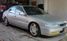 Mobil Honda Accord 1996 terbaik di Jawa Tengah