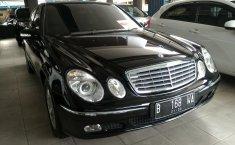 Jual mobil Mercedes-Benz E-Class 260 2003 bekas, DKI Jakarta