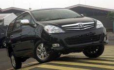 Jual mobil bekas murah Toyota Kijang Innova V Luxury 2.0 MT 2006 di Bali