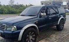 Dijual mobil bekas Ford Everest XLT, Riau