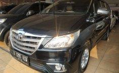 Dijual mobil Toyota Kijang Innova E 2.0 2015 murah di Jawa Barat