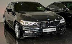 Jual mobil BMW 5 Series 530i 2018 terbaik di Jawa Timur