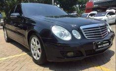 Dijual mobil bekas Mercedes-Benz E-Class E 200 K 2009, Banten