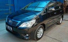 Dijual mobil bekas Toyota Kijang Innova 2.0 V 2013, Jawa Barat