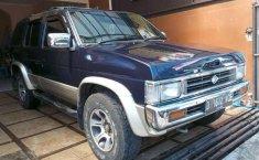 Mobil Nissan Terrano 1996 AJ Limited terbaik di Jawa Barat