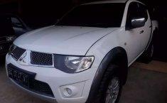 Mitsubishi Triton 2014 Sumatra Selatan dijual dengan harga termurah