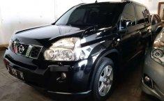 Mobil Nissan X-Trail 2010 2.5 terbaik di Jawa Timur