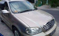 Jual mobil bekas murah Kia Sedona 2003 di Jawa Tengah