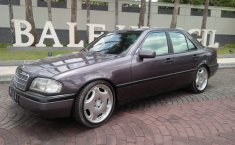 Jual mobil bekas Mercedes-Benz C-Class C 180 2002 dengan harga murah di DIY Yogyakarta