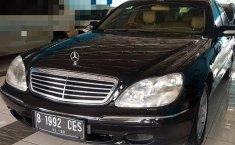 Jual mobil bekas Mercedes-Benz 280S 2.8 Manual 2002 dengan harga murah di DIY Yogyakarta