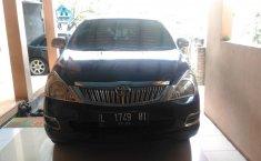 Mobil Toyota Kijang Innova 2.0 V 2005 dijual, Jawa Timur