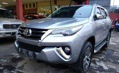 Jual mobil Toyota Fortuner VRZ 2016 bekas di Jawa Barat