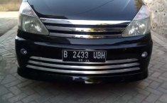 Jual Nissan Serena Highway Star 2010 harga murah di Jawa Timur