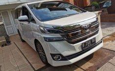 Mobil Toyota Vellfire 2016 G terbaik di DKI Jakarta