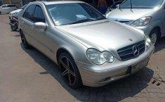 Mobil Mercedes-Benz C-Class 2003 C 240 dijual, Banten
