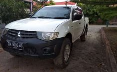 Mitsubishi Triton 2014 Kalimantan Selatan dijual dengan harga termurah