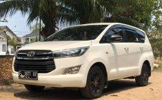 Jual Toyota Venturer 2016 harga murah di Jawa Barat