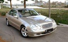 Mobil Mercedes-Benz E-Class 2006 E 240 terbaik di Jawa Barat