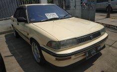 Jual mobil Toyota Corolla 1.6 1990 dengan harga murah di DKI Jakarta
