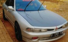 Jawa Barat, Mitsubishi Galant 1997 kondisi terawat