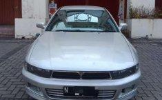 Mobil Mitsubishi Galant 2000 dijual, Jawa Timur