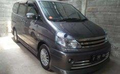 Jual mobil Nissan Serena Highway Star 2010 bekas, Banten
