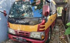 Mobil Isuzu Elf 2012 NHR 55 dijual, Bali