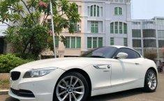 Mobil BMW Z4 2013 dijual, Banten