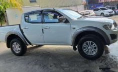 Jual cepat Mitsubishi Triton 2014 di Sulawesi Selatan