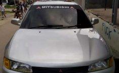 Jual mobil bekas murah Mitsubishi Lancer 1.6 GLXi 1998 di Pulau Riau