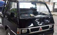 Mobil Mitsubishi L300 2003 terbaik di Jawa Timur