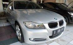 Jual mobil bekas murah BMW 3 Series 320i 2012 di DKI Jakarta