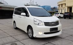 Jual mobil Toyota NAV1 G Luxury 2016 terbaik di DKI Jakarta