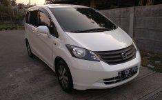 Jual mobil bekas murah Honda Freed SD di Jawa Barat