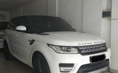 Jual mobil Land Rover Range Rover Sport 2014 terawat di DKI Jakarta