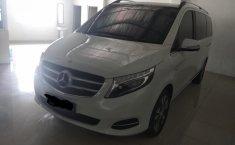 Dijual mobil bekas Mercedes-Benz V-Class V 220d 2016, DKI Jakarta