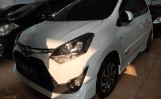 Jual mobil Toyota Agya TRD Sportivo 2017 terbaik di Jawa Barat