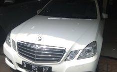 Jual mobil Mercedes-Benz E-Class E250 2010 terawat di DKI Jakarta