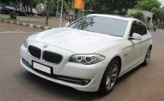 Jual mobil BMW 5 Series 520i 2013 bekas di DKI Jakarta