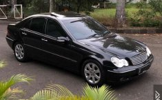 Jual cepat Mercedes-Benz C-Class C200 2001 di DKI Jakarta