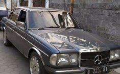 DIY Yogyakarta, jual mobil Mercedes-Benz 200 1982 dengan harga terjangkau