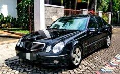 Dijual mobil bekas Mercedes-Benz E-Class E 240, Jawa Tengah