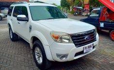 Dijual mobil bekas Ford Everest 10-S 2010, DIY Yogyakarta